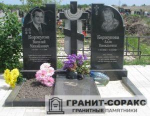 Комплексы на кладбище из гранита №13