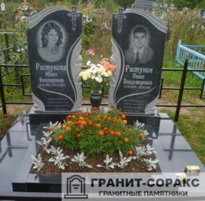 Комплексы на кладбище из гранита №10
