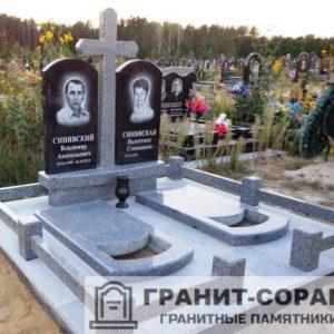 Комплексы на кладбище из гранита №3