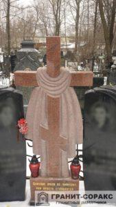 Памятник крест из гранита №12