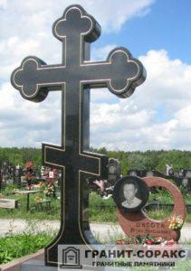 Памятник крест из гранита №5