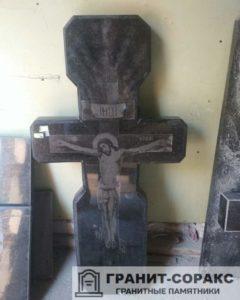 Памятник крест из гранита №28