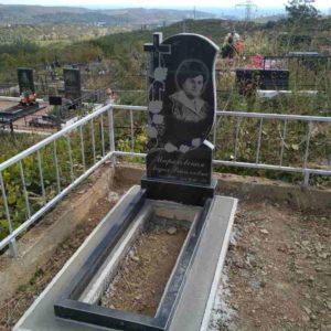 Фото установленных надгробий, №1
