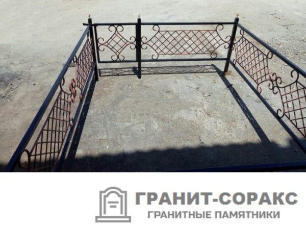 Фото металлической ограды для кладбища Вариант 101