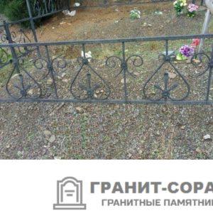 Фото металлической ограды для кладбища Вариант 108